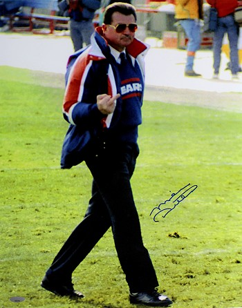 Mike Ditka Autographed Chicago Bears 'Finger' 16x20 Photo