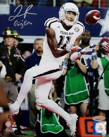 Josh Reynolds Autographed Texas A&M Aggies Catching 8x10 Photo